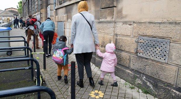 Virus scuola, a Borgosesia il sindaco contro Azzolina: i bambini tornano in classe