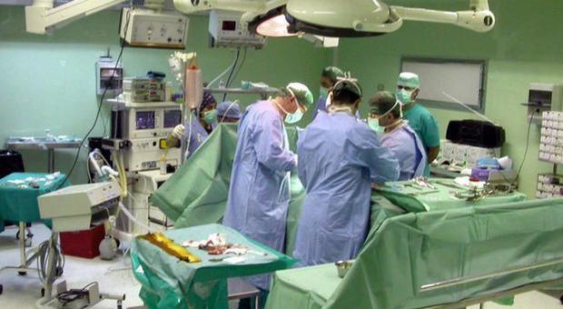 Per 13 anni con un feto in grembo: salvata con un'operazione a Padova