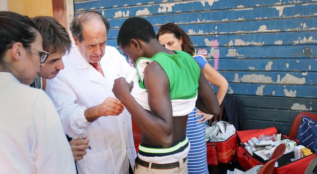 Neonato morto per circoncisione, Morrone: «Favorire la pratica all'interno del servizio sanitario»