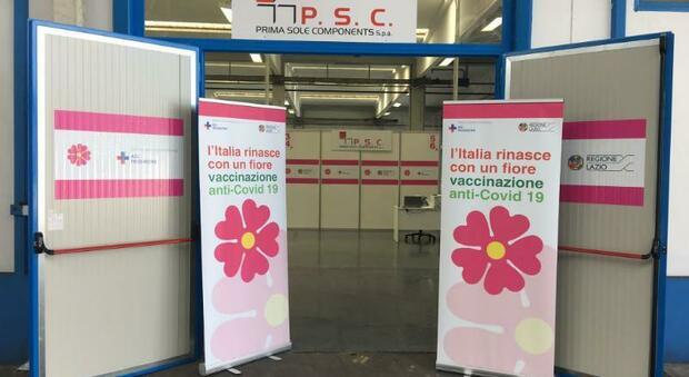 Hub vaccinale nella sede della Prima Sole Components di Torrice: previste 500 dosi al giorno