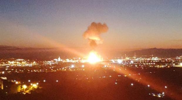 Risultati immagini per esplosione al petrolchimico di tarragona