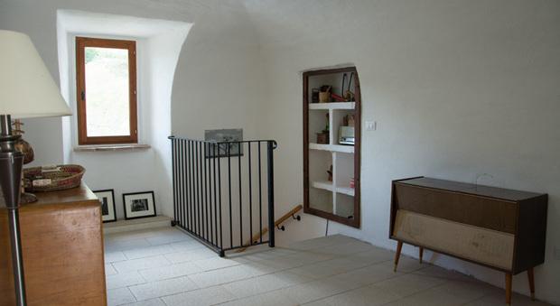 immagine Abruzzo, coppia inglese mette in vendita casa per 60 euro
