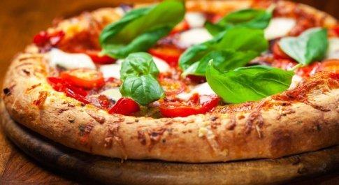 Coronavirus, l'associazione della pizza lancia #verapizzacontest, una sfida casalinga