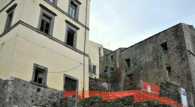 L'ex cantiere di Palazzo di Vico in centro