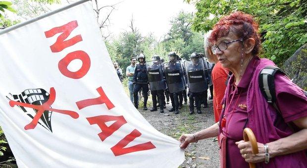 StopIpotesi Lo Referendum Contro TavOpposizioni Campo In mnwvN8Py0O