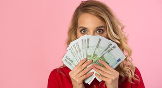 Pagamenti in contanti, limite a 2.000 euro: stretta da luglio, ecco cosa cambia