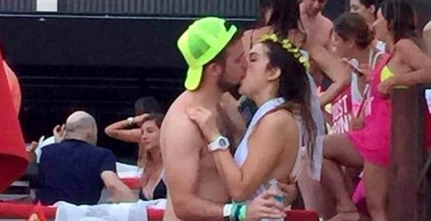 Messico, bacia uno sconosciuto durante l'addio al nubilato: il fidanzato vede il video virale e annulla le nozze