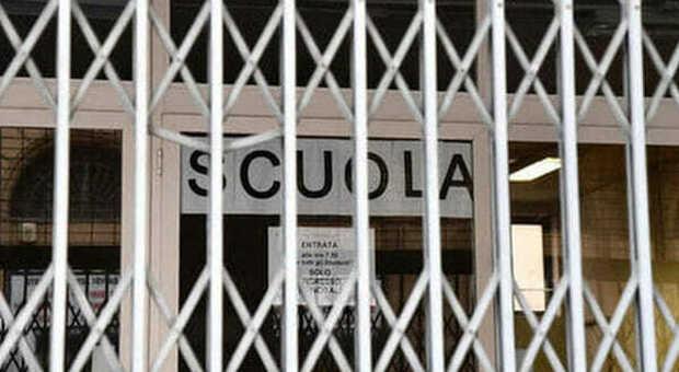 Scuole chiuse in Calabria, il Tar boccia l'ordinanza della regione su materne, elementari e medie. Che cosa succede