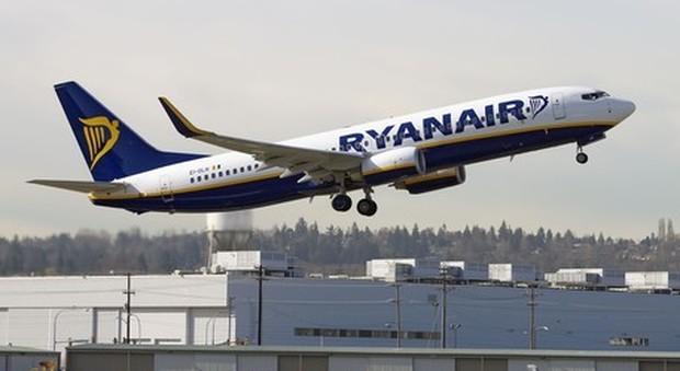 Un Ryanair Solo A Sarà Permesso Novembre Primo Dal Bagaglio Mano SZ1XSf