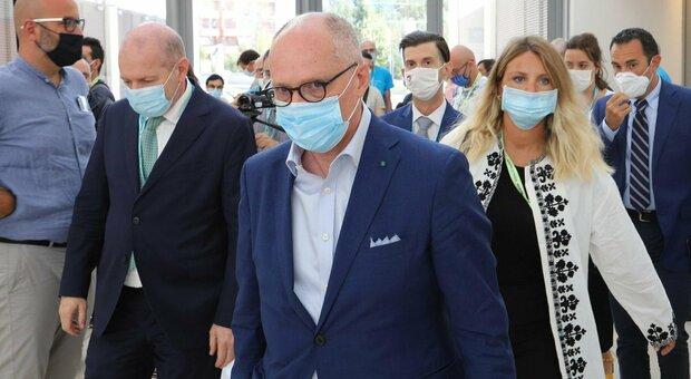 Covid, Ricciardi: «Chiusura delle scuole da scongiurare». Boccia: «Regioni? Non escludo nuovo stop»