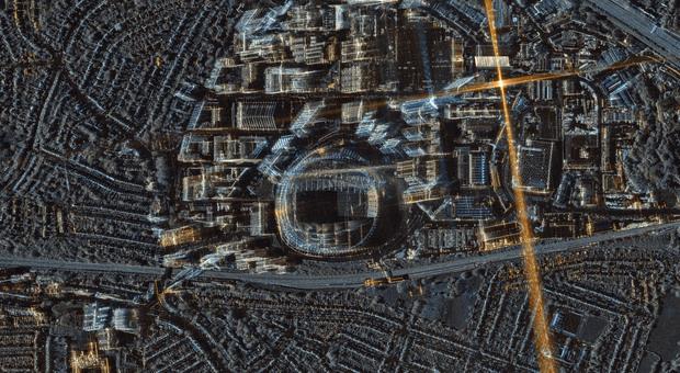 """Wembley, lo stadio """"made in Italy"""" fotografato dal satellite azzurro Cosmo-Skymed. La storia del tempio"""
