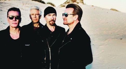 Incendi in Australia, gli U2 ringraziano 130 vigili del fuoco incontrati in aeroporto