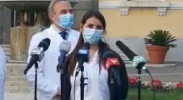 Vaccino, chi è Claudia Alivernini, la prima infermiera vaccinata in Italia: ha 29 anni e lavora allo Spallanzani