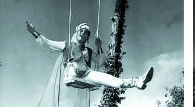 Fregene, nella pineta di Fellini torna l'altalena dello Sceicco bianco