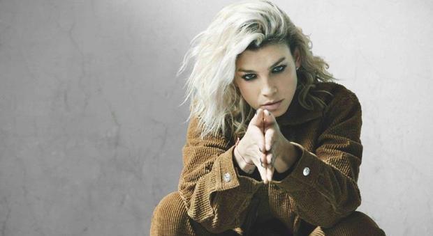 Emma Marrone x Tezenis, testimonial del brand