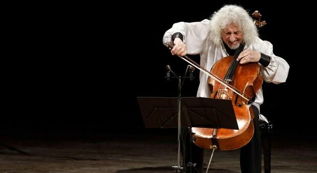 Il violoncellista Mischa Maisky