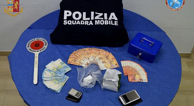 La polizia arresta due spacciatori reatini