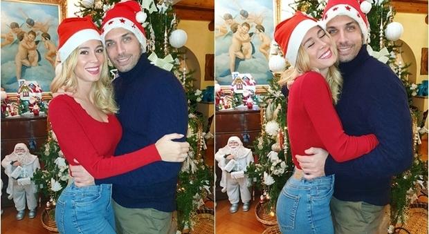 Auguri Di Natale Fidanzato.Diletta Leotta Auguri Di Natale Sui Social Con Il Fidanzato