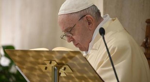 Il Papa realizza mastodontica rete con i santuari del mondo, primo rosario globale per trovare il vaccino
