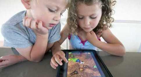 Tablet al posto dei libri, come sono cambiate le abitudini di lettura dei bambini
