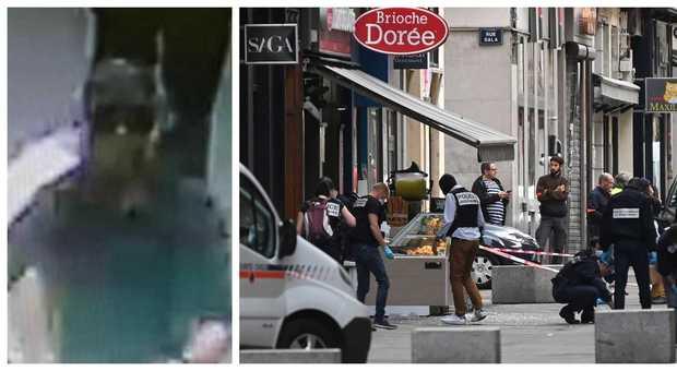 Lione, esplosione in centro: pacco bomba fa 13 feriti. Macron: «Un attacco», è caccia all'uomo