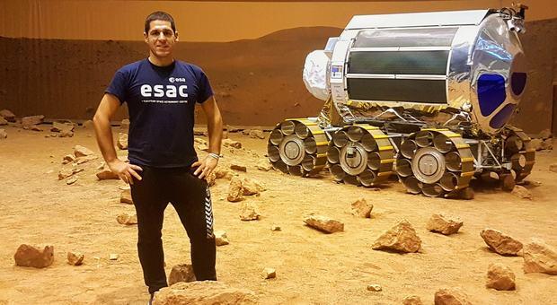 Il giovane astrofisico Matteo Miluzio