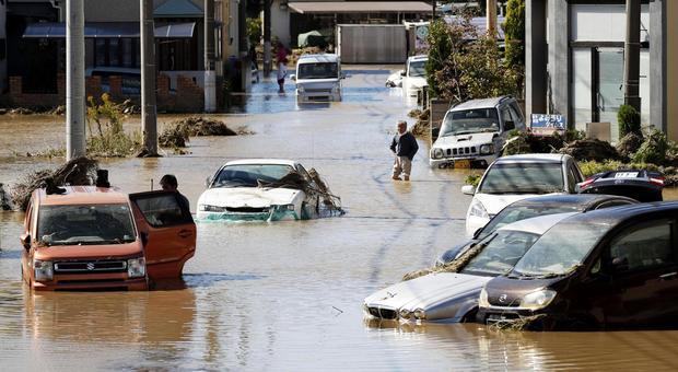 Tifone Hagibis, Giappone trema: due morti. Formula 1, oggi autodromo chiuso ma si corre