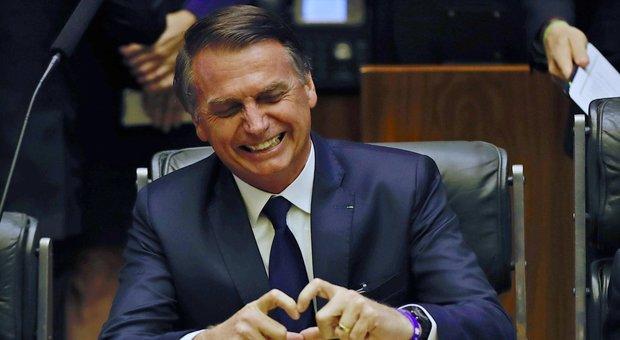 Bolsonaro guiderà un governo di generali con sole due donne: abolito il ministero del Lavoro