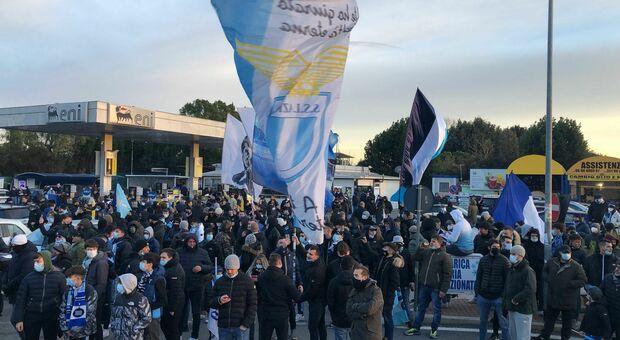 Lazio, tifosi a Formello per caricare la squadra prima del derby