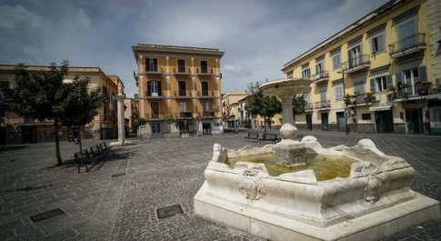 Terremoto a Pozzuoli, tre scosse in zona flegrea nella notte: paura e gente in strada