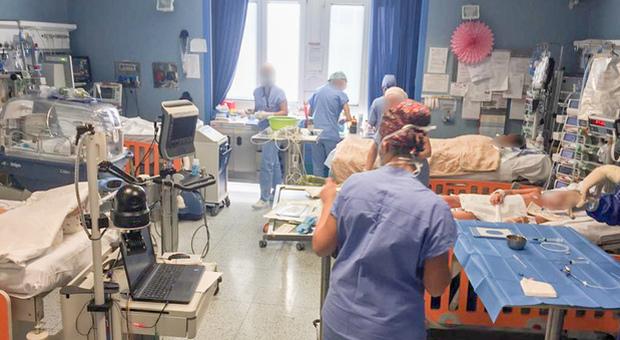 Coronavirus: va a trovare il papà ammalato, 47enne in terapia intensiva