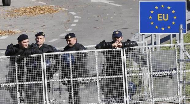 Austria e Slovenia chiudono le frontiere con l'Italia: migliaia di italiani bloccati all'estero