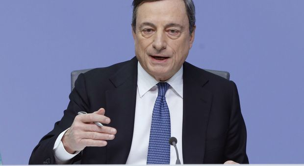 Draghi conferma la politica espansiva: «Pronti ad aumentare il Qe se necessario»