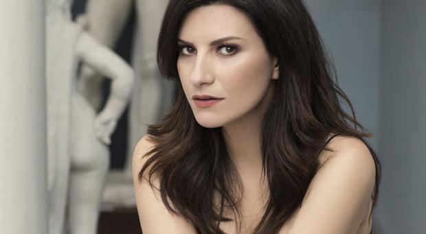 Laura Pausini candidata ai Golden Globe: «un onore rappresentare l'Italia»