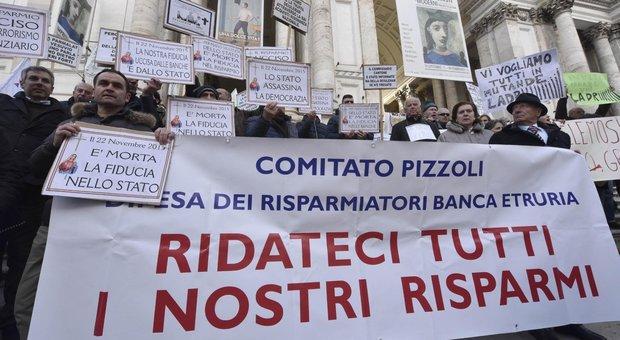 Banche, protesta dei risparmiatori davanti alla sede di Bankitalia