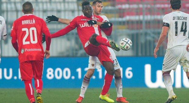 Balotelli segna subito: Monza-Salernitana 3-0. Cittadella-Lecce 2-2 spettacolare