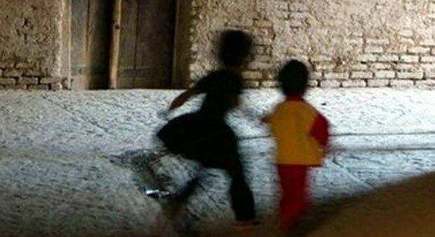 Pedofilo a Lodi condannato a 19 anni. «Danni devastanti a ragazzine». Pena più alta mai inflitta in Italia