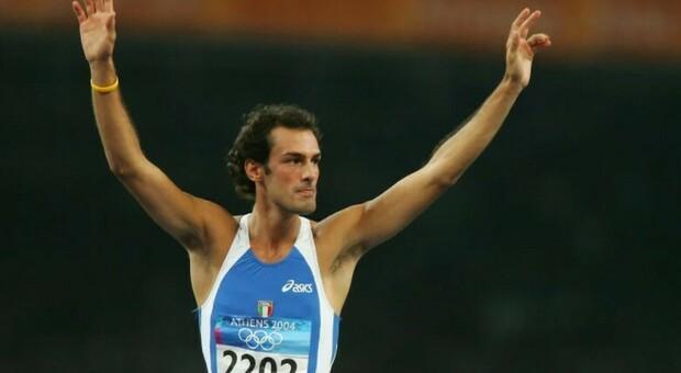 Morto Alessandro Talotti, l'ex saltatore azzurro stroncato da un tumore: aveva 40 anni, lascia moglie e figlio di pochi mesi