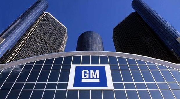 General Motors, schiaffo a Trump: chiude cinque stabilimenti e taglia oltre 14 mila lavoratori