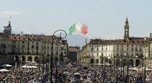 Piemonte, obbligo mascherine all'aperto per il ponte del 2 giugno