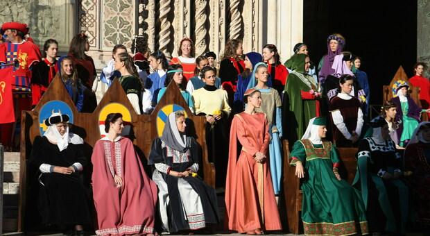 Orvieto, nuovi modelli per il Corteo delle Dame. Li realizzerà l'Accademia di Belle Arti di Brera