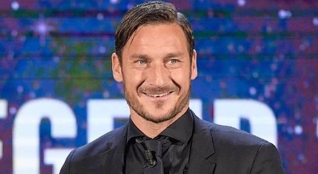 Francesco Totti conquista Amazon: sarà uno dei concorrenti del reality show Celebrity Hunted