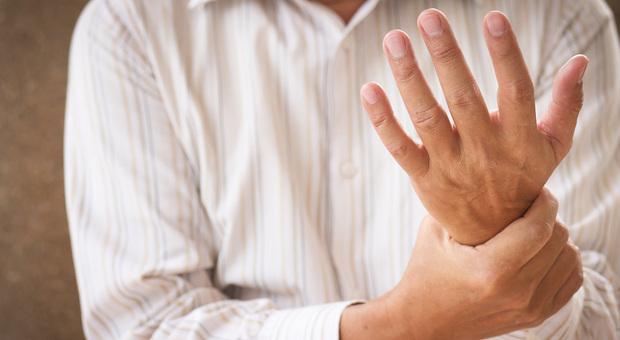 Osteoporosi, quel rischio ignorato dagli uomini over 55