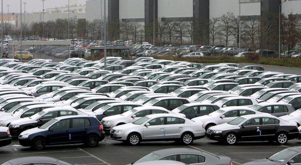 Auto aziendali tasse dimezzate o azzerate allo studio del for Oggi parlamento diretta