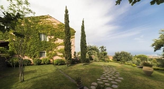 In vendita la villa in cui giovanni verga ultim storia di for Una storia case in vendita vicino a me