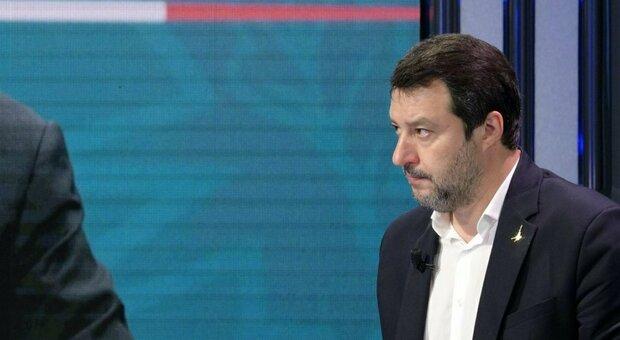 Salvini annuncia un referendum sulla Giustizia: «Raccolta firme insieme ai Radicali»