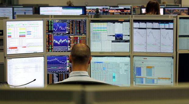e7059cf251 Borse europee giù, effetto Huawei. A Milano pesa lo stacco dividendi: -2,7%