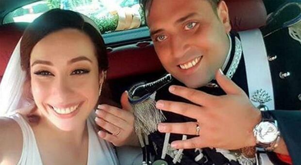 Omicidio Cerciello, la vedova a un anno dalla morte: «Non infangare la memoria di eroi come Mario»