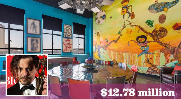 Johnny Depp vende 5 appartamenti nell'Eastern Columbia Building di Los Angeles