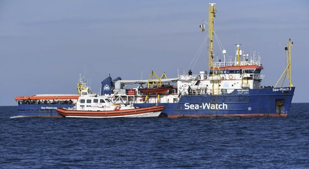 Sea Watch, accordo a sette. Tra poche ore (forse) lo sbarco